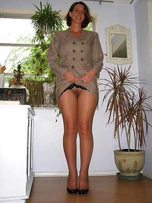 Posing amateur nude housewife mature