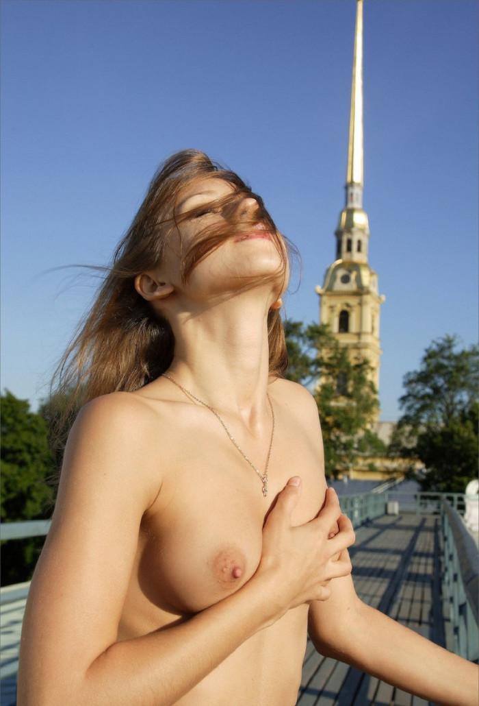 Pornographic girl group russia pokazuha