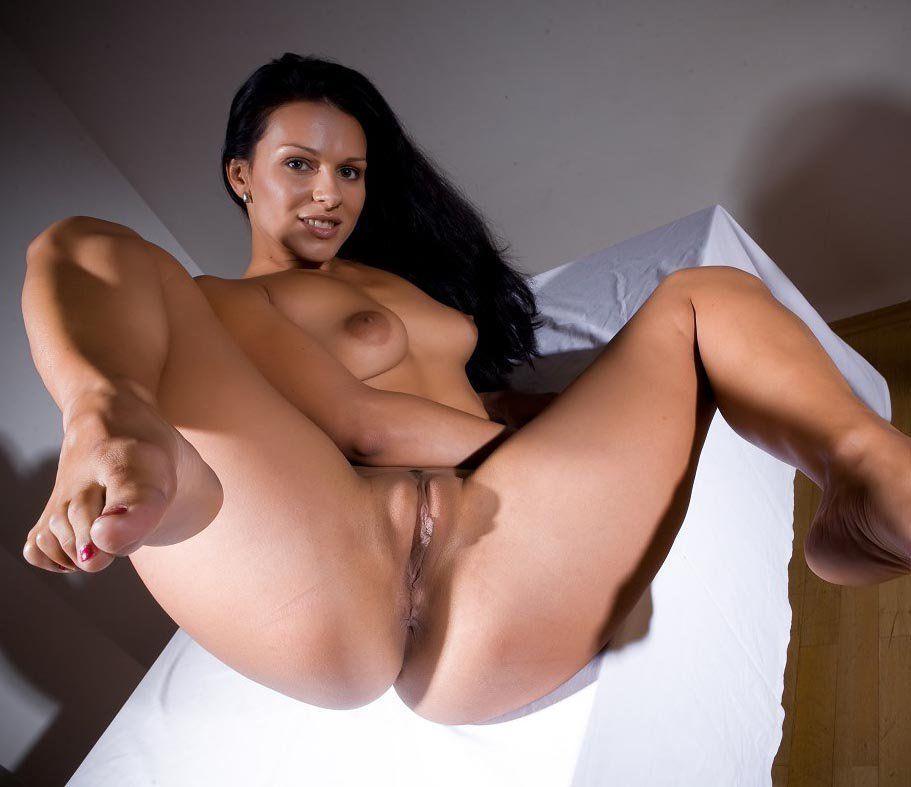 Hot latinas in hot porns photos.