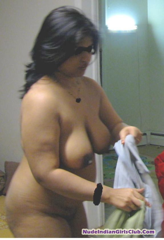Pakistani big hips boobs aunty young age