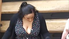 Huge tits cleavage candid