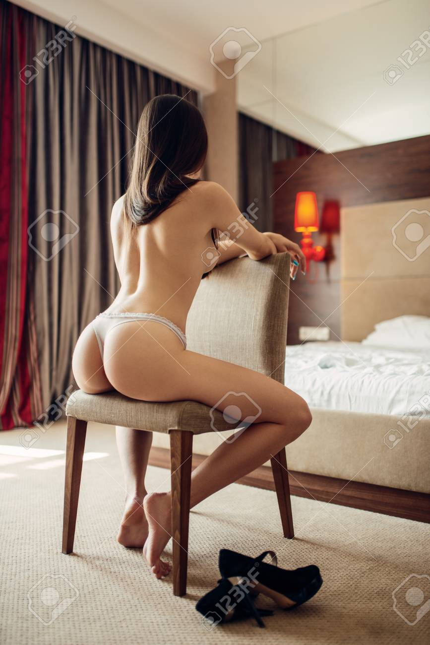 Pictures sexy naked woman ass