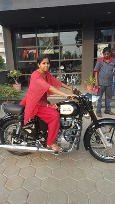Desi nude girl motorcycle