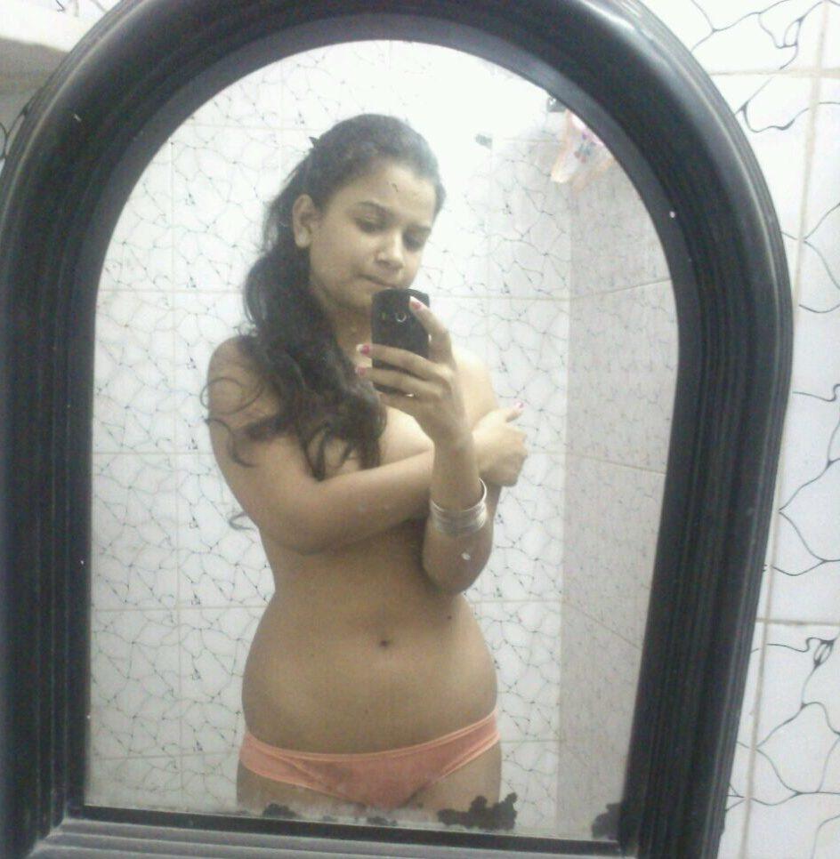 Hot girl nude selfie indian