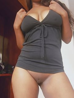 Clean ebony curvy booty shaved pussy